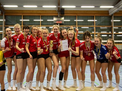 WM U18w: MTV Stuttgart gewinnt vor dem SV Ochsenhausen